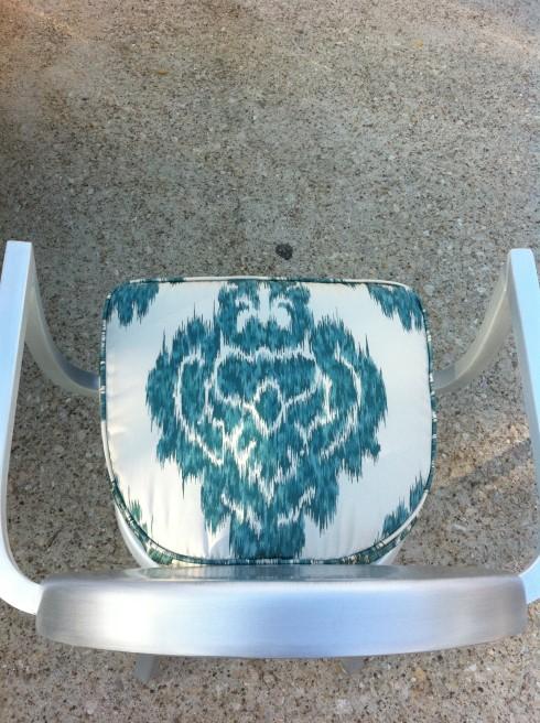 duralee ikat fabric : photo 32 e1286941567141 from studioten25.wordpress.com size 490 x 656 jpeg 132kB