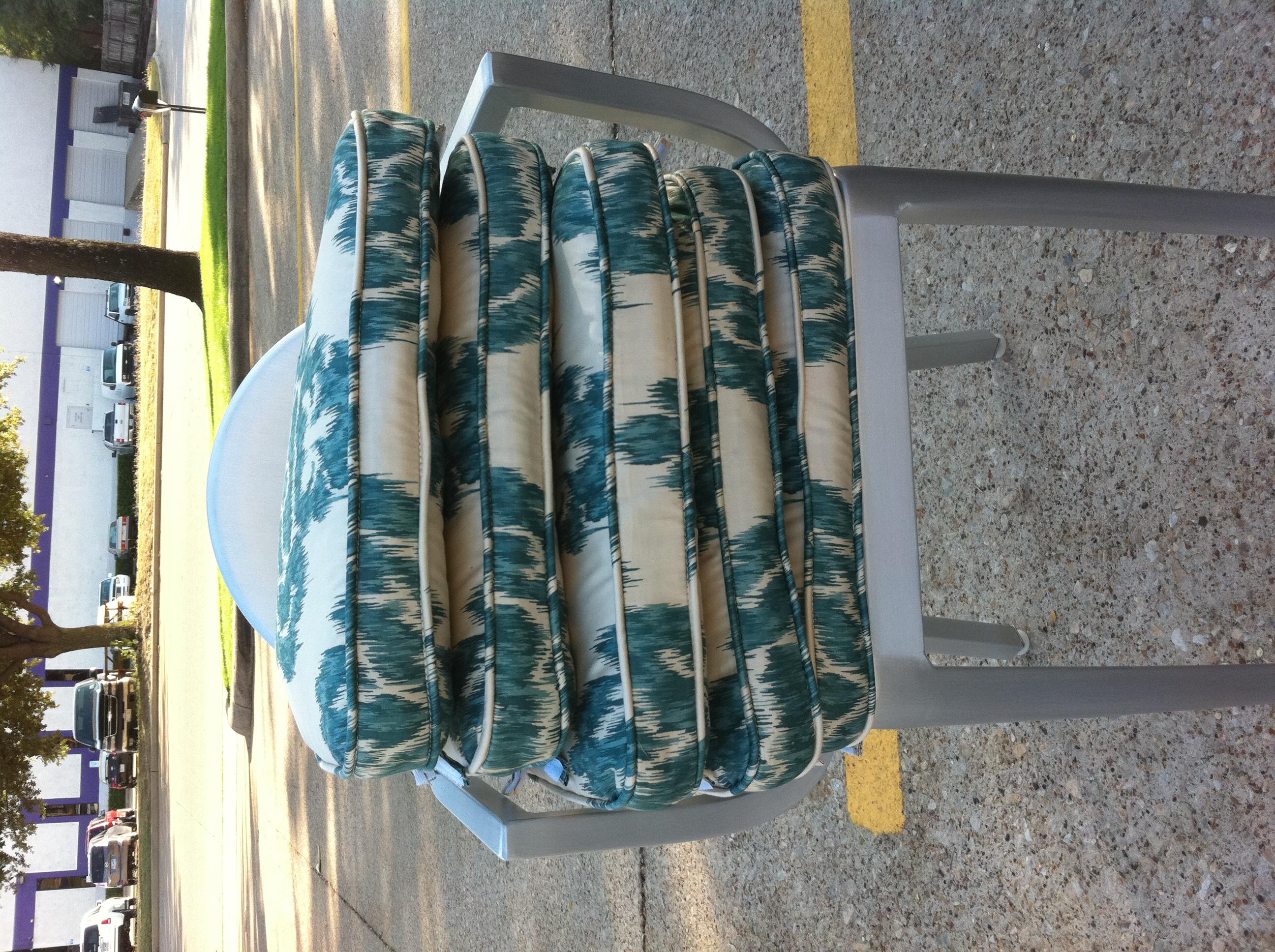 duralee ikat fabric : photo1 from studioten25.wordpress.com size 2592 x 1936 jpeg 2316kB